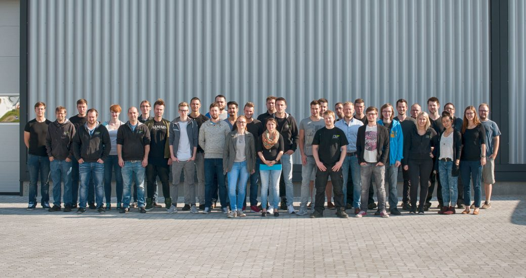 Gruppenfoto DF-Automotive